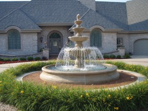 Large-outdoor-water-fountain-300x225